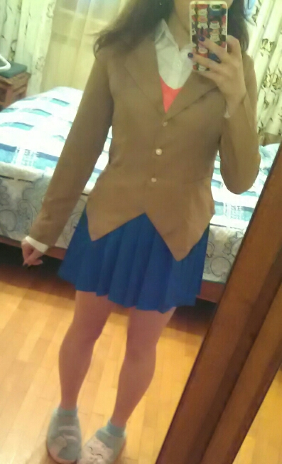 Suit is very high quality, fabric also) Jacket with 'shoulders', which is very convenient. The Shirt Is soft to the touch, vest stretch. But was 2 small negative, suit shilsya very long, almost 2 weeks, so calculate time and the skirt was school. The phot